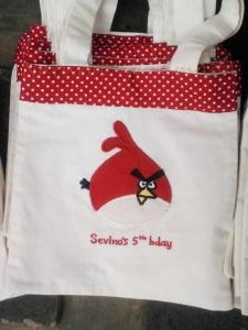 Angry Bird Merah (Red Bird)