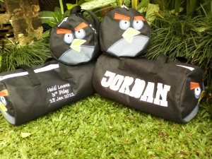 Goody bag Angry bird hitam