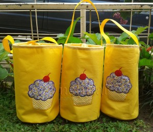 Lunch bag handmade - cupcake kuning