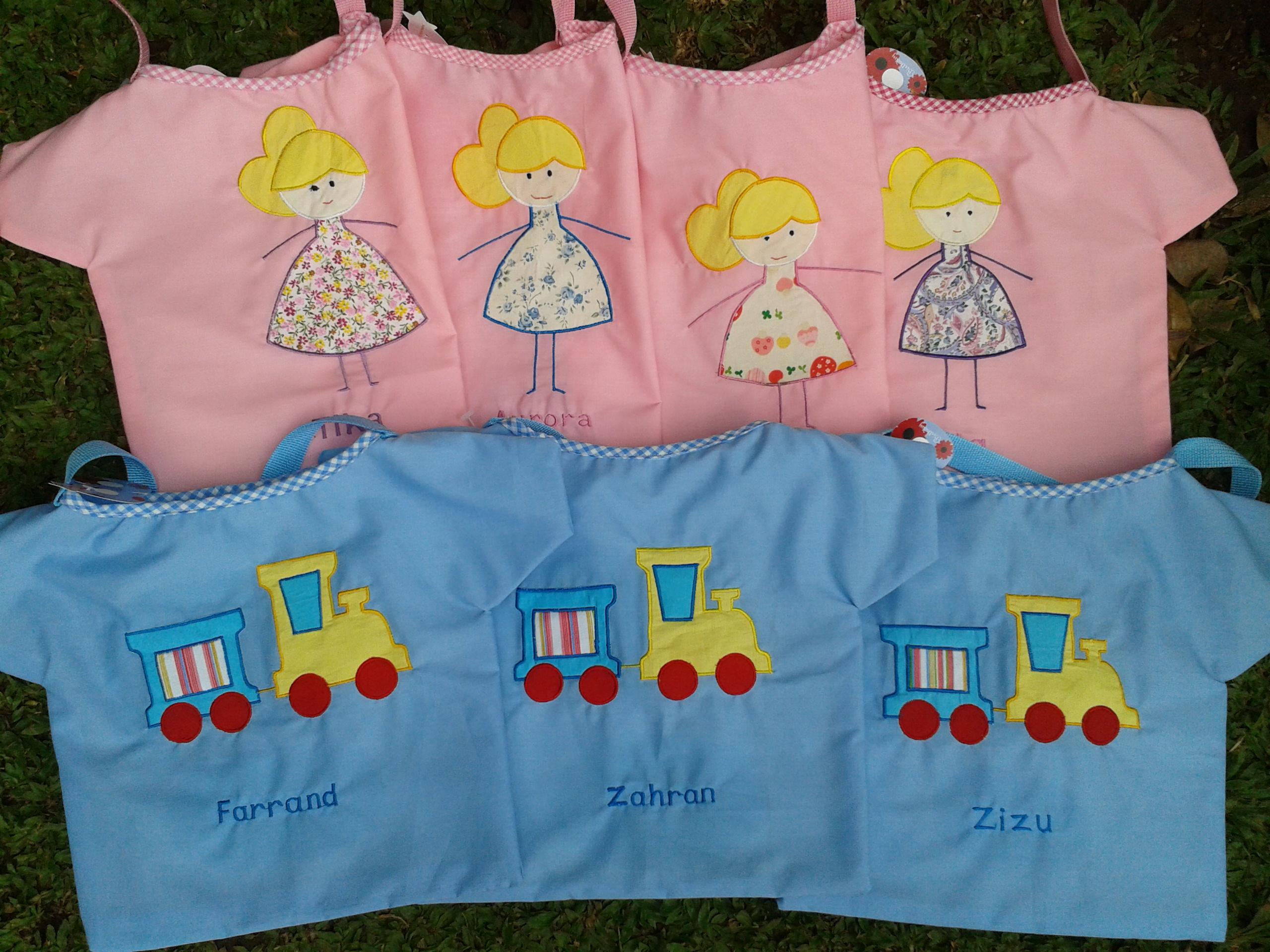 Goody Bag Baju – Little Girls and Train