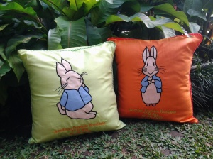Bantal handmade- Peter rabbit