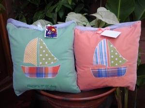bantal handmade-souvenir ulang tahun